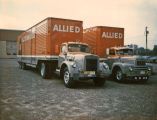 Allied Van Lines Trucks